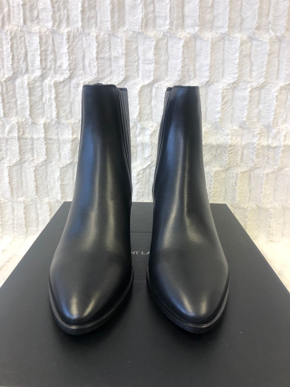 Saint Laurent West 45 Chelsea Boots Nero A0138359
